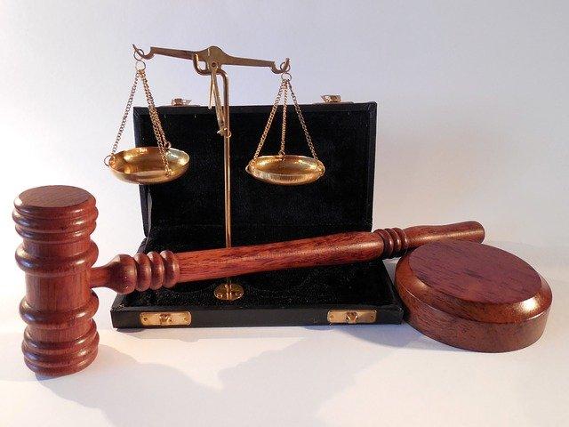W czym zdoła nam wspomóc radca prawny? W jakich sprawach i w jakich płaszczyznach prawa wspomoże nam radca prawny?